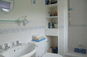 En-Suite- click for photo gallery